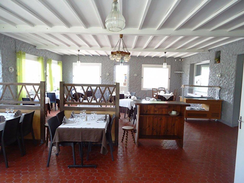 LA CAPELLE Bar / restaurant avec logement