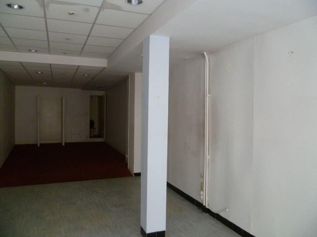 Immeuble commercial VERVINS