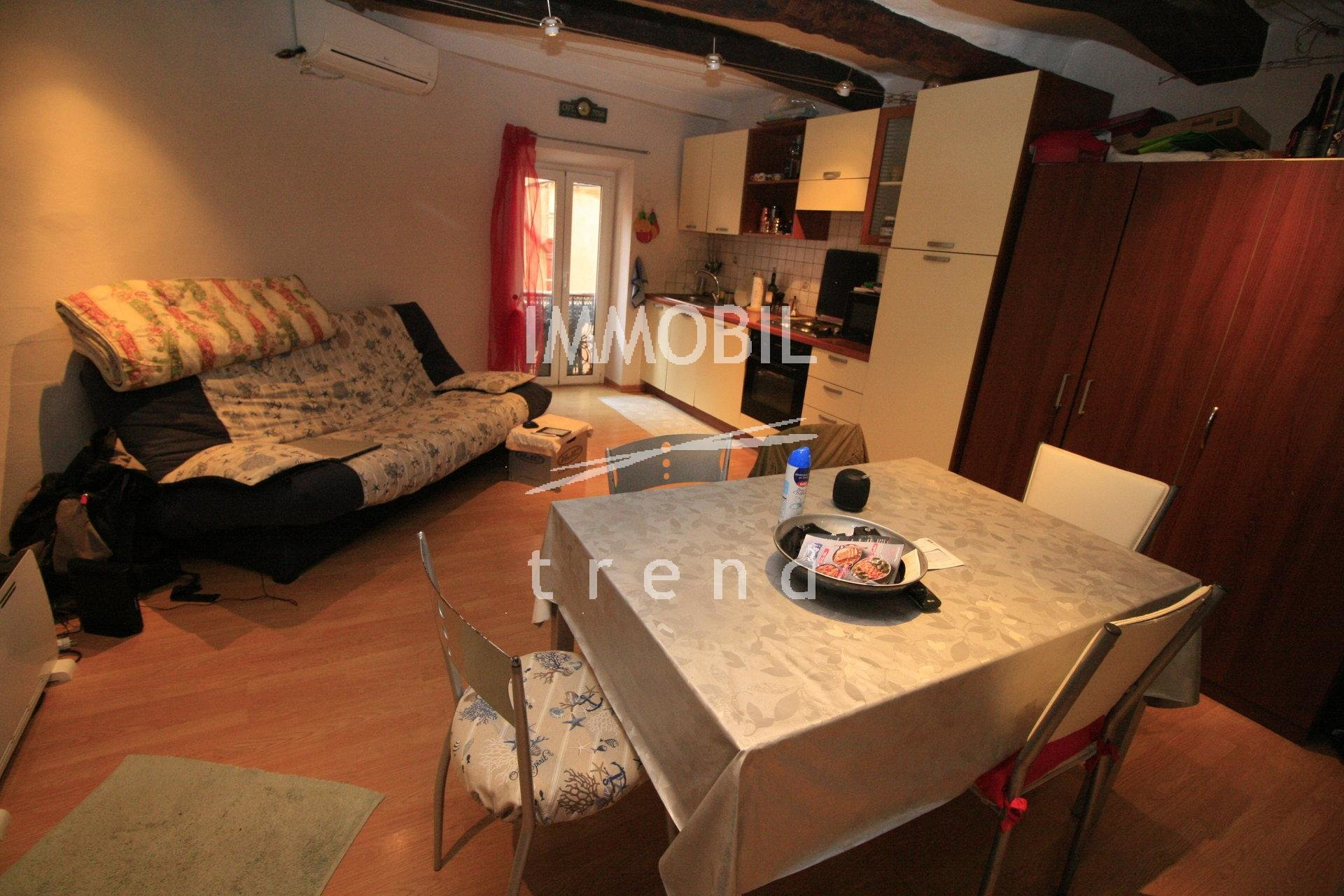 Menton Old Town - studio for sale in very good conditions