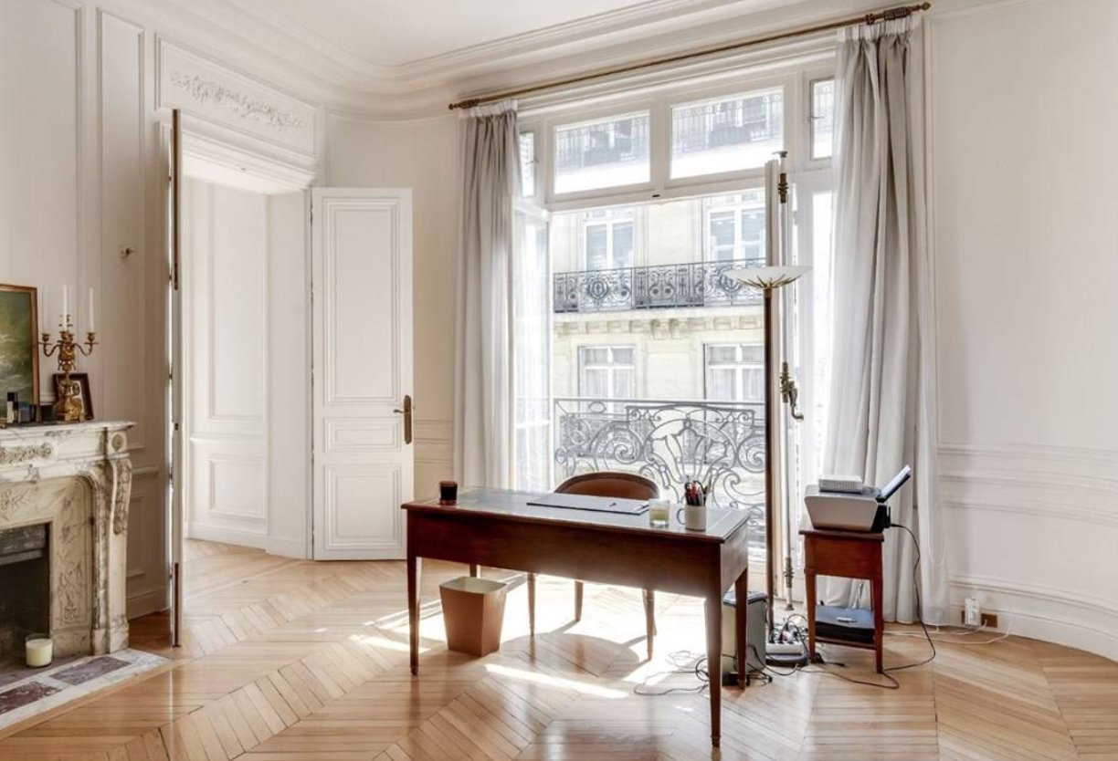 Sale of an exceptional apartment in front of Trocadero