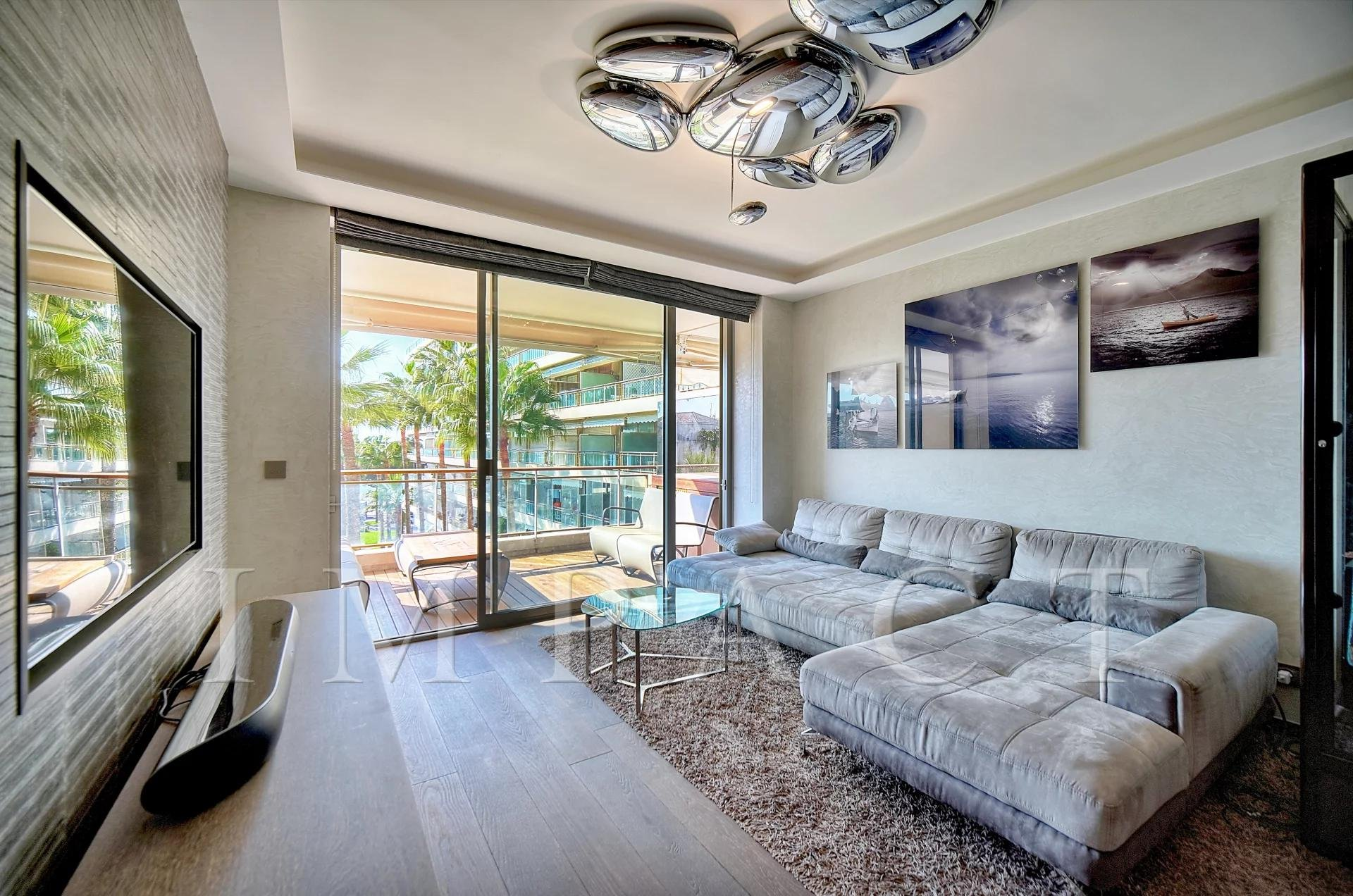 Apartment for Sale Cannes Croisette panoramic sea view