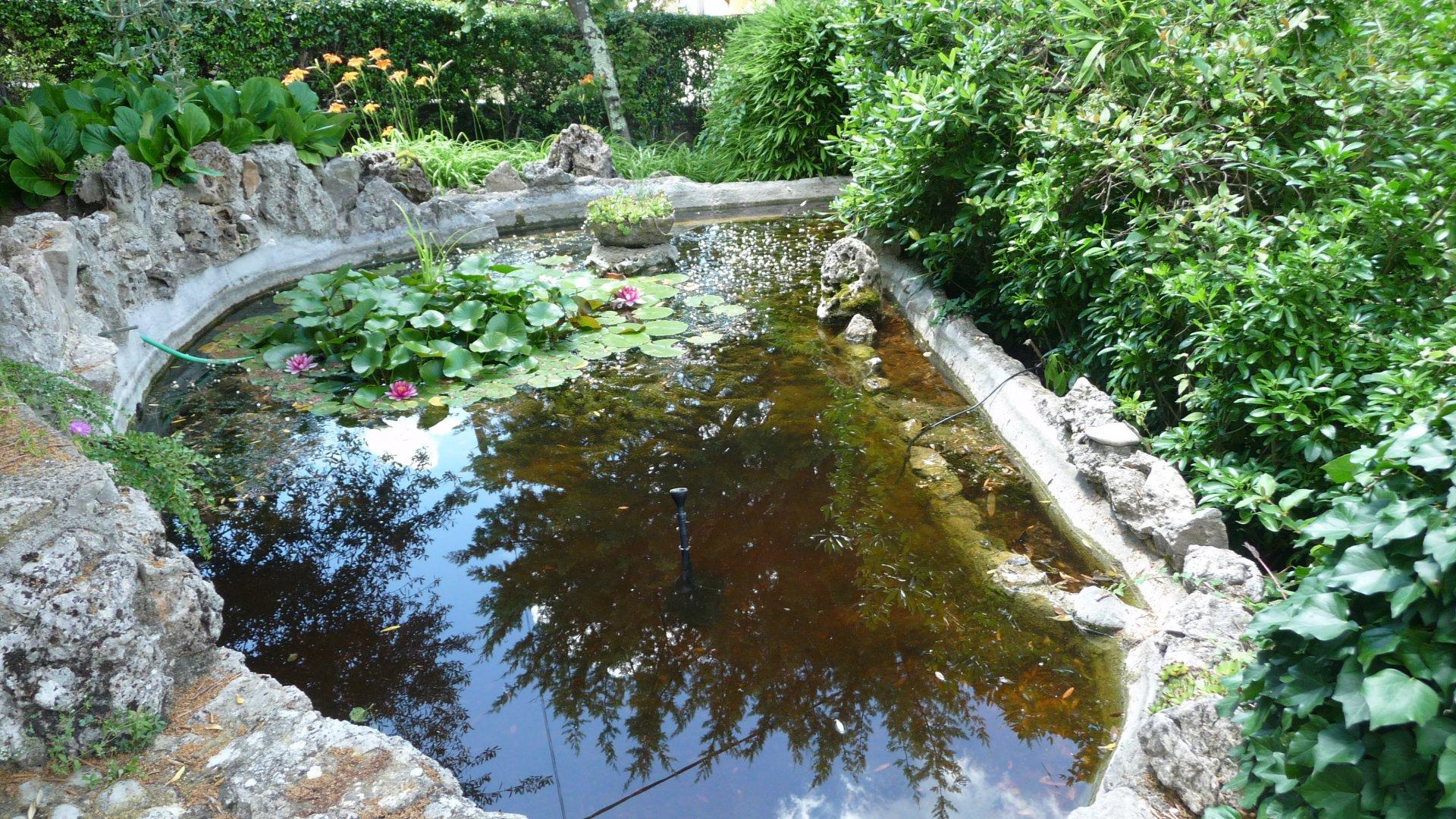 Pays de Fayence villa avec appartement indépendant sur 1340m² avec piscine