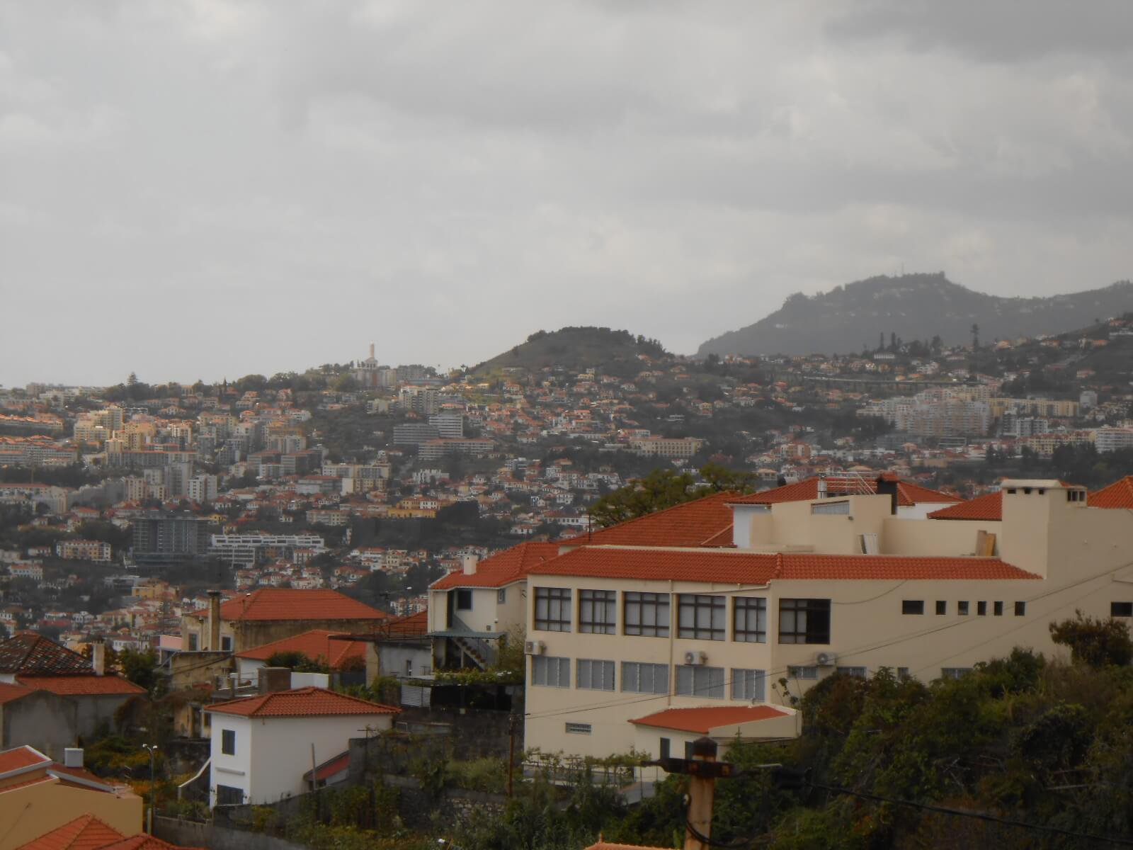 Modern T3 House of 160 m2 in Perfect Condition, with Terraces, Fantastic View on Funchal and Funchal Cruises Harbour