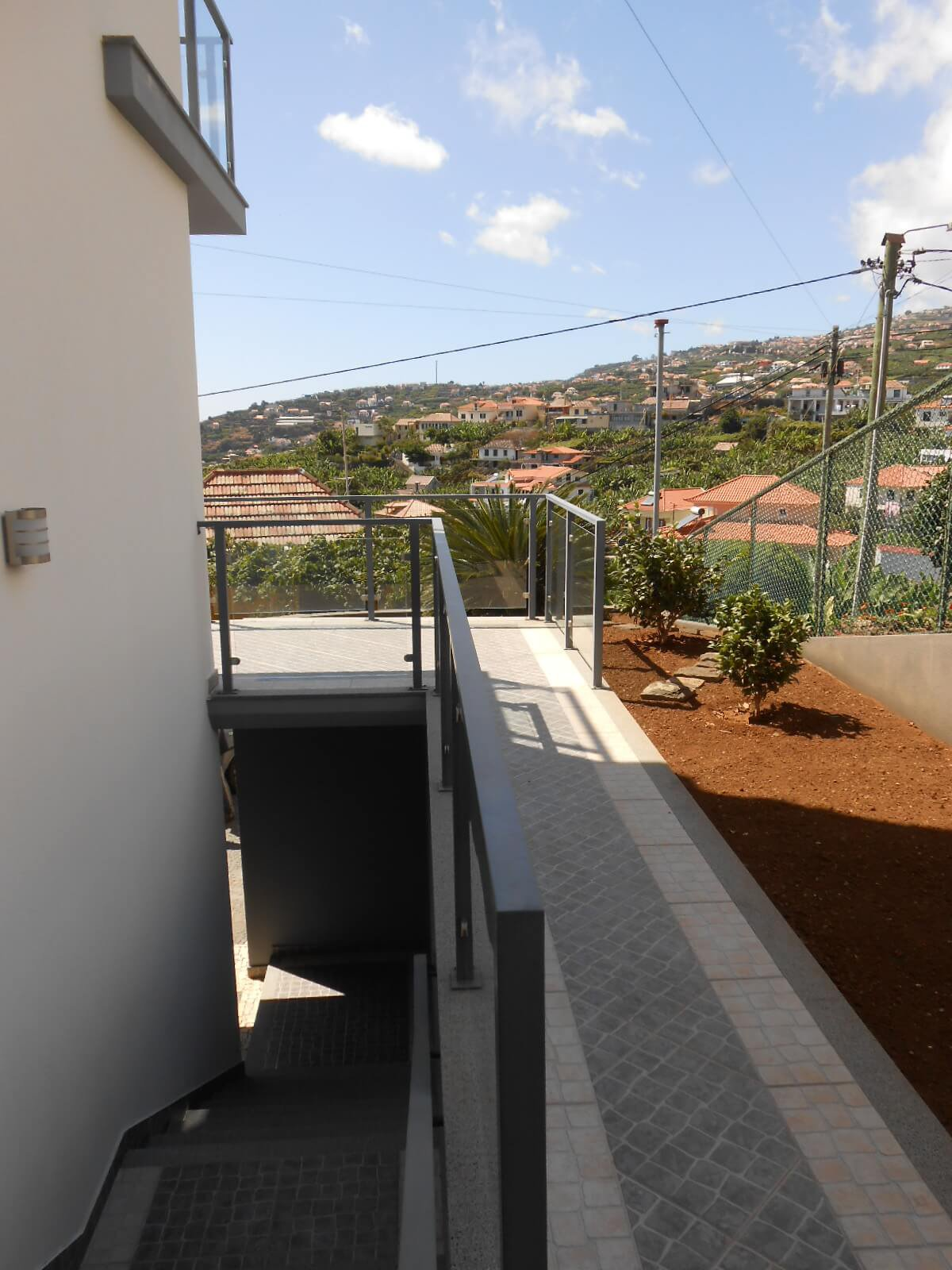 Modern T3 House with Swimming Pool and Sea View in Ponta do Sol