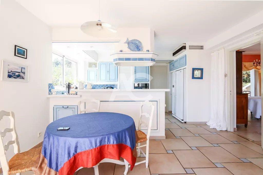 Villa dans le domaine Pimeau avec vue mer - Antibes