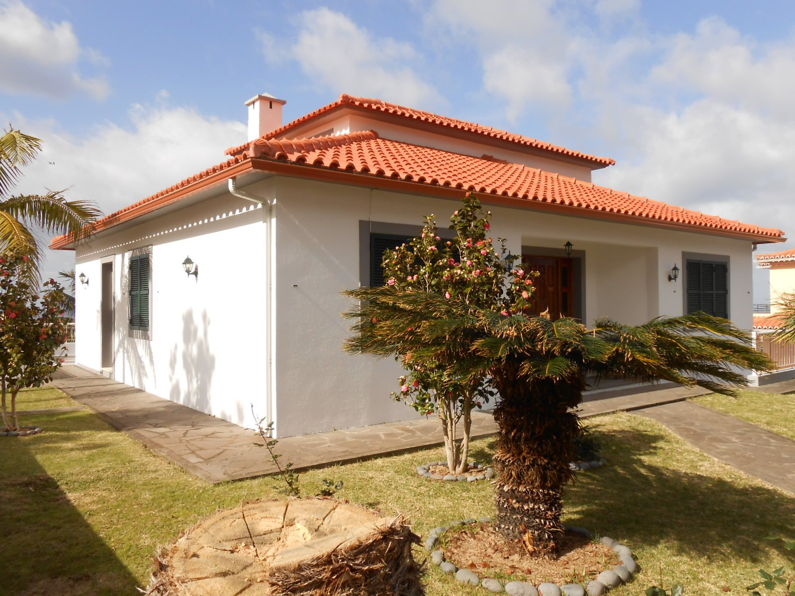 Nice 3 Bedrooms Villa with Garden and Spectacular Sea View Located in Ponta Delgada