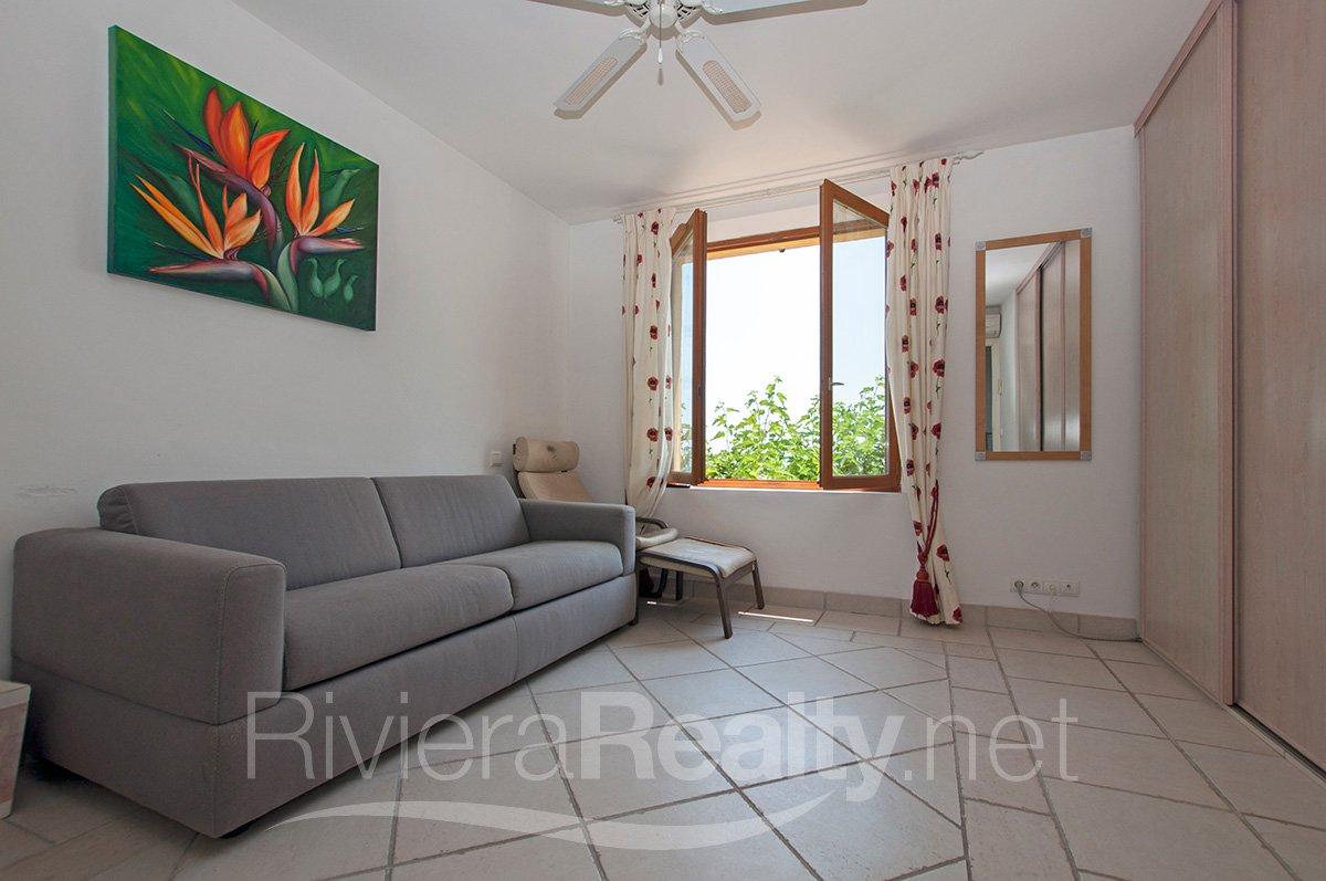 Spacieuse maison familiale avec vue mer - a vendre - Chateauneuf de Grasse