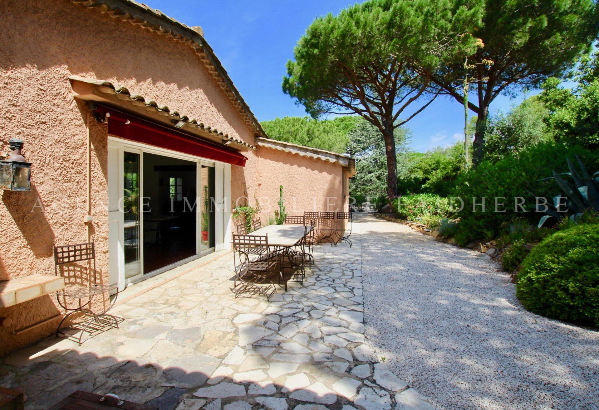 Schöne renovierte Villa in den Parks von St. Tropez