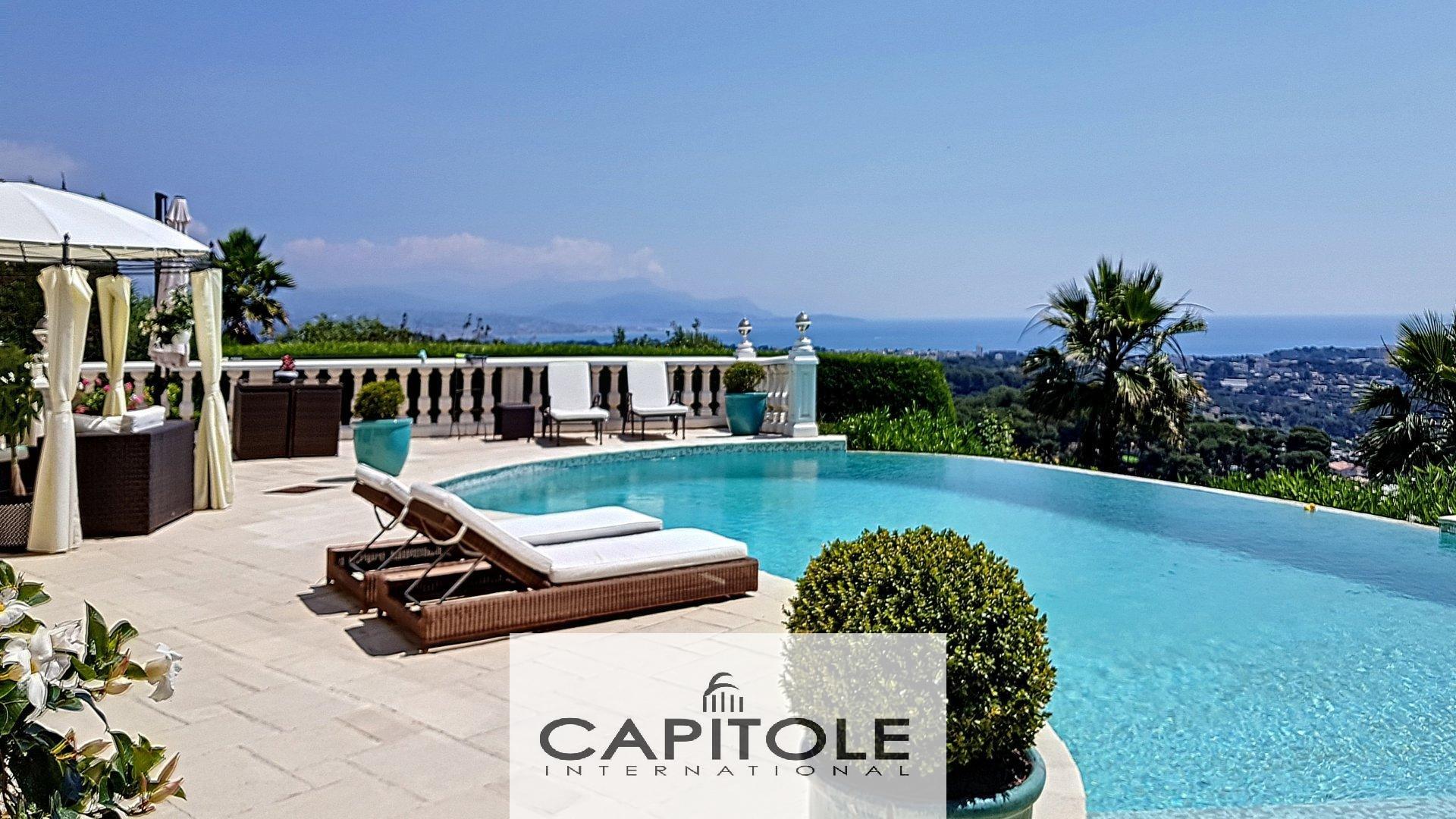 A vendre, Golfe Juan, propriété 11 pièces 460 m², vue mer panoramique, terraces, piscine