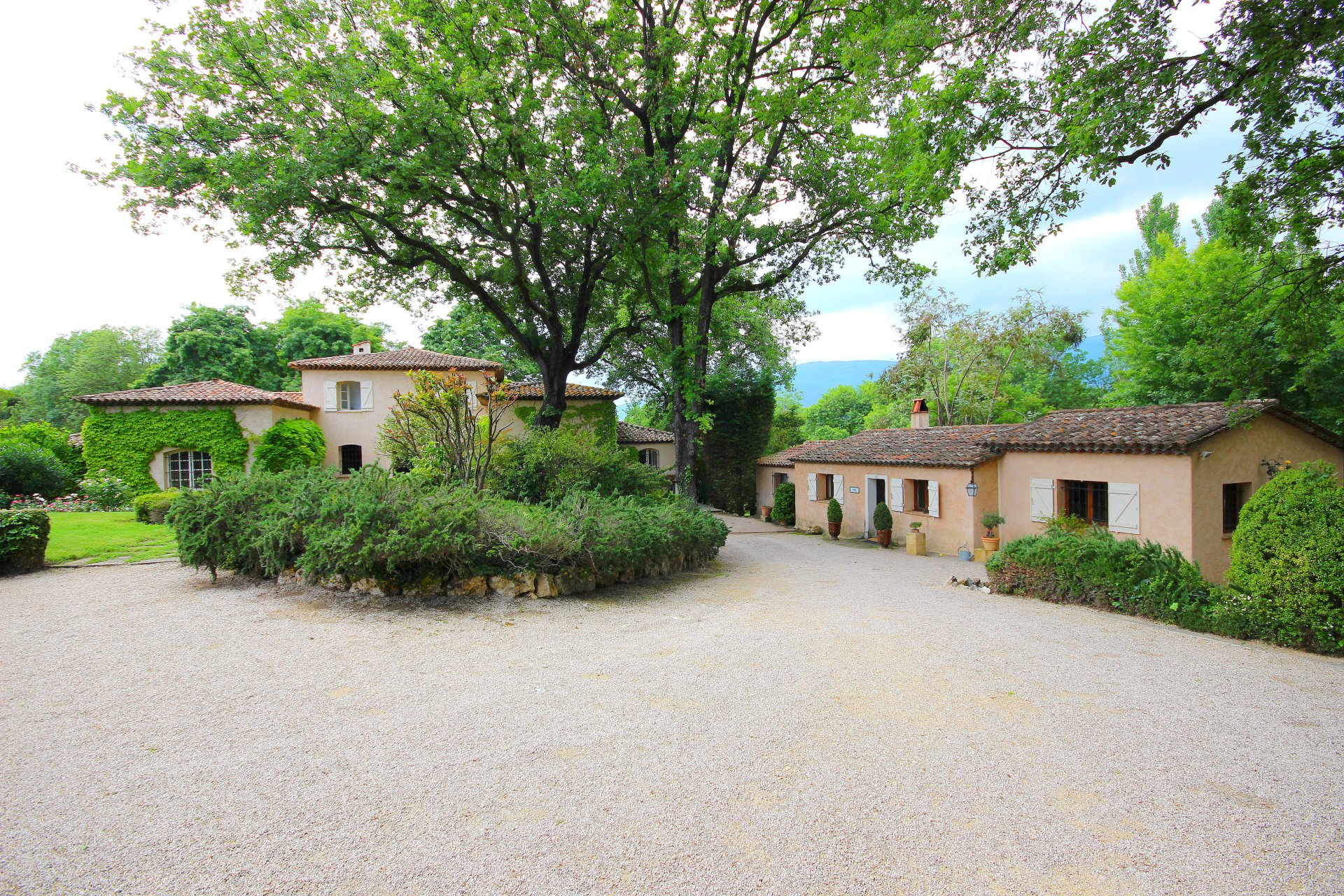 Provencal villa of charm and character