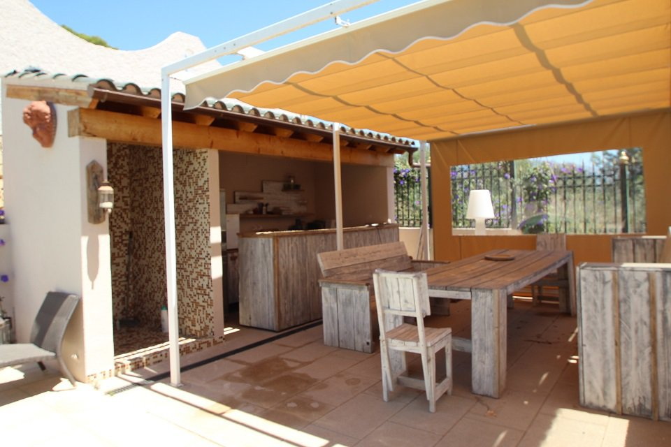 INDEPENDENT CHALET IN FOYA BLANCA