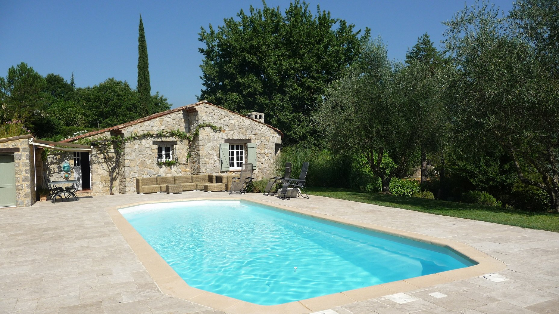 Pays de Fayence charming villa stone built renovated