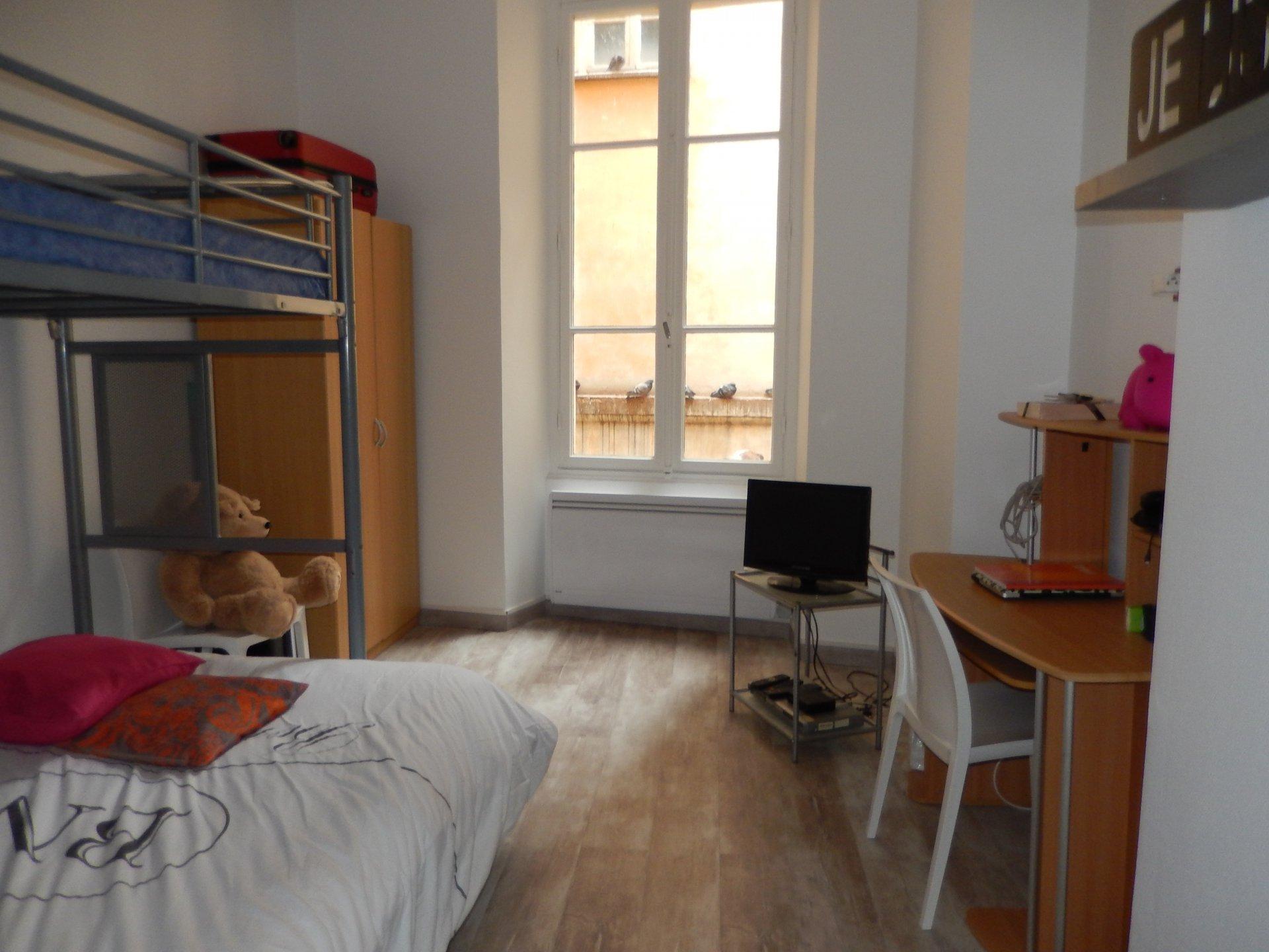 Appartement divisé en 4 - Nice