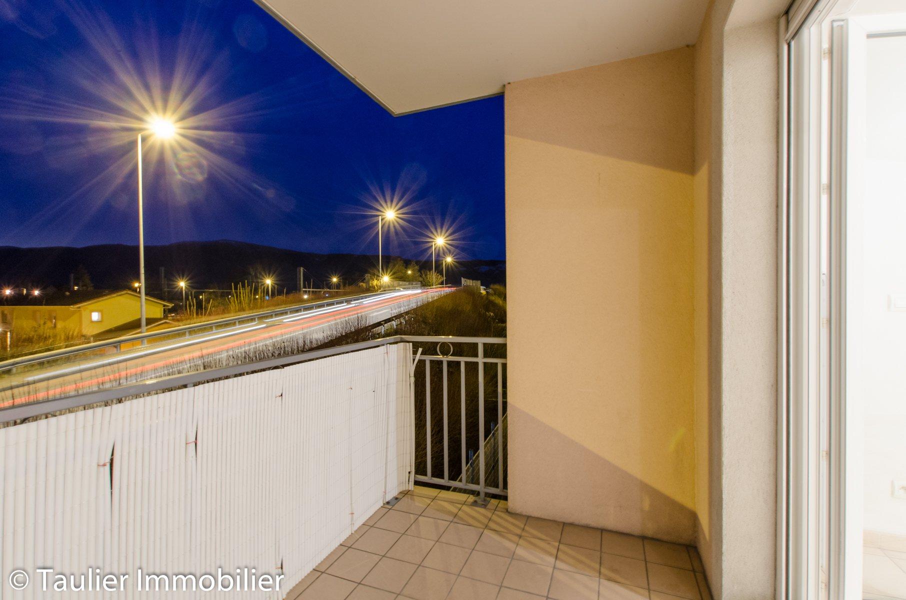 T2 avec balcon+parking