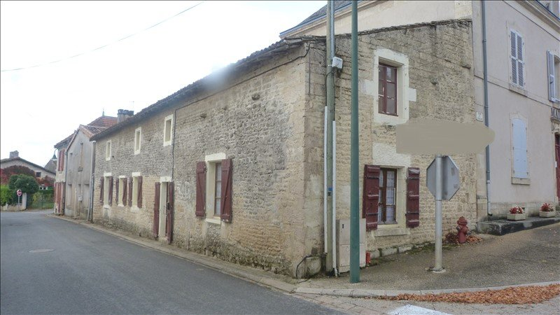 Sale House - Chef-Boutonne