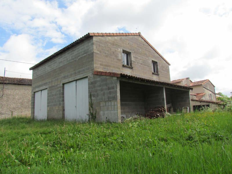Garage near Ruffec