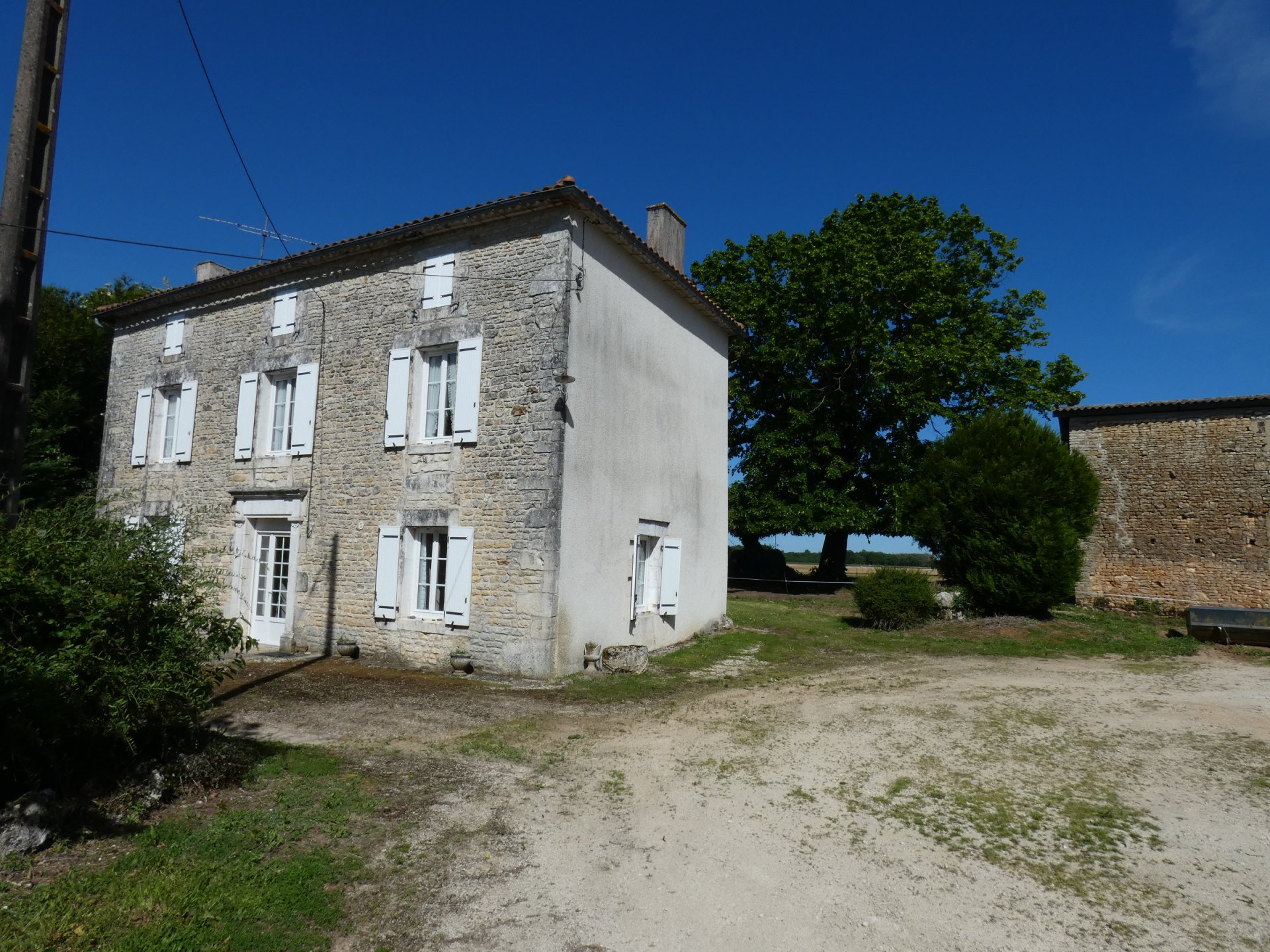 Sale House - Mansle