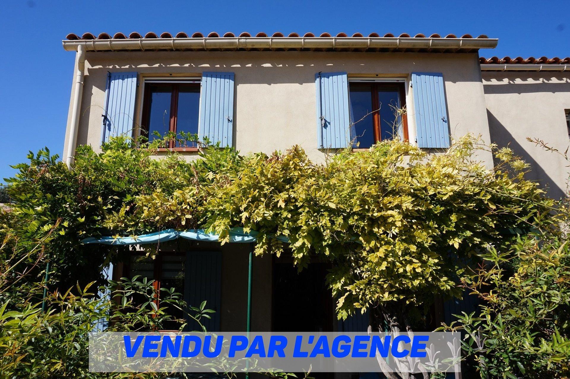Agréable maison avec terrasse au coeur du village