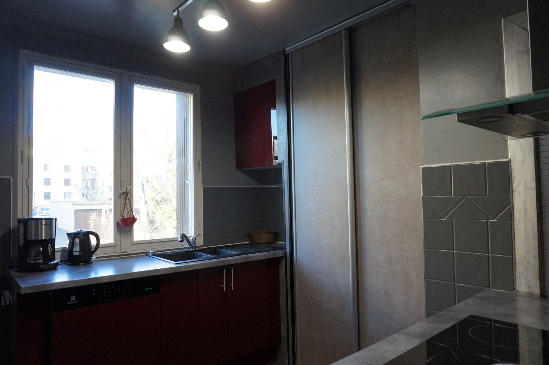 Aix - Agréable appartement T4 avec belle vue dégagée