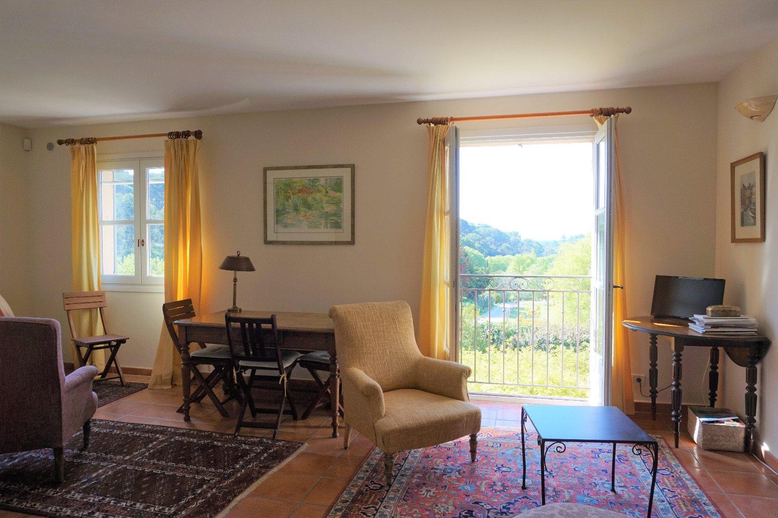 Ventabren - Belle demeure de 200 m2 environ