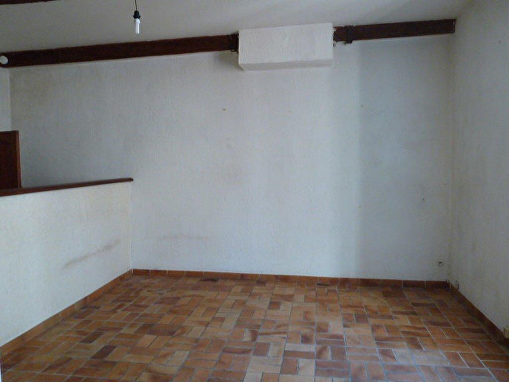 Appartement Beaucaire 2 pièce(s) 61,5 m2