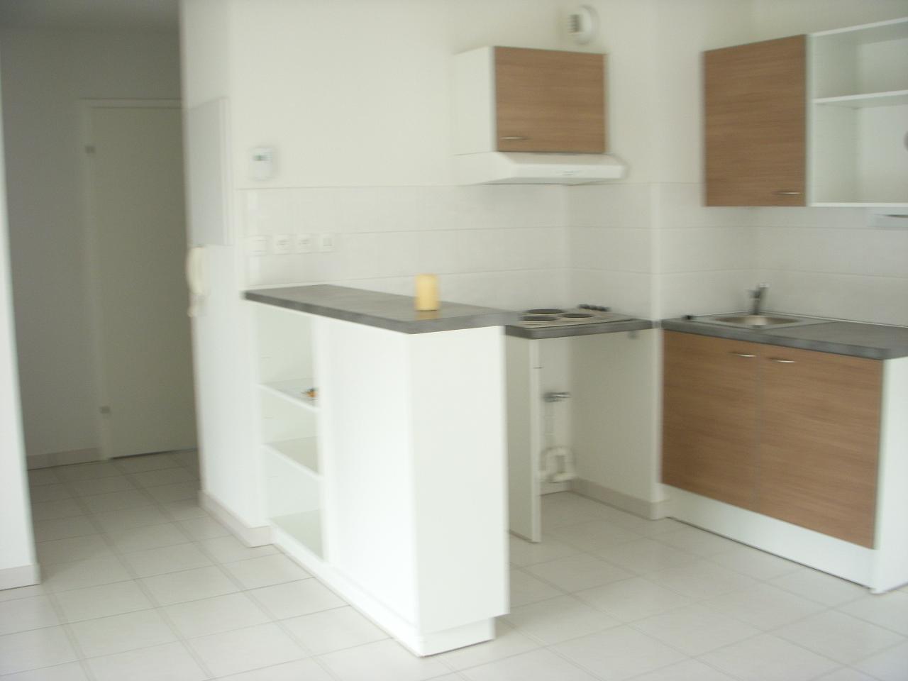 Appartement T3 loué  dans résidence