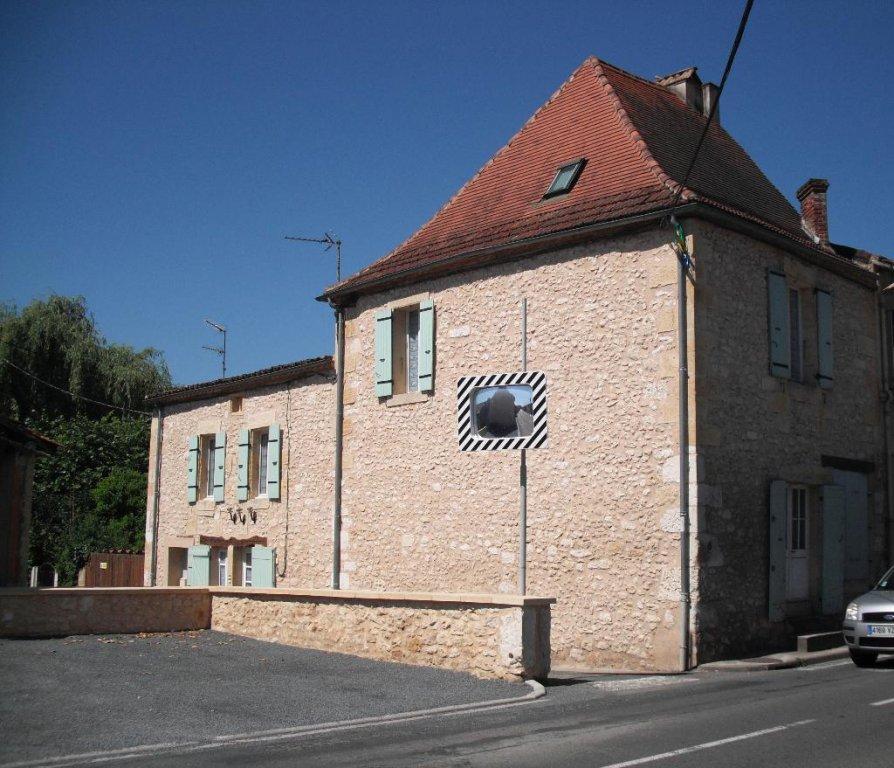 Immeuble de rapport rénové, 2 appartements