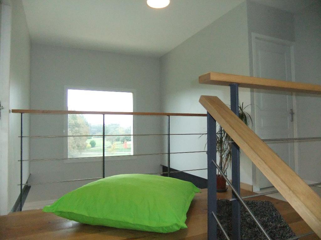 Maison moderne avec piscine, hauteurs de Bergerac