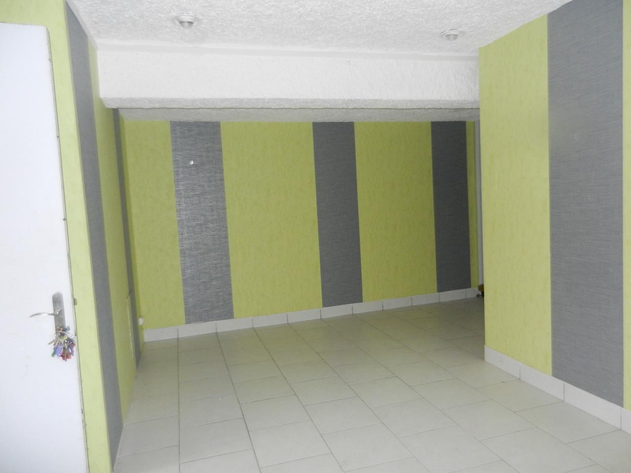 BUREAUX RDC + 1er  de 113 m² au coeur de la Ville