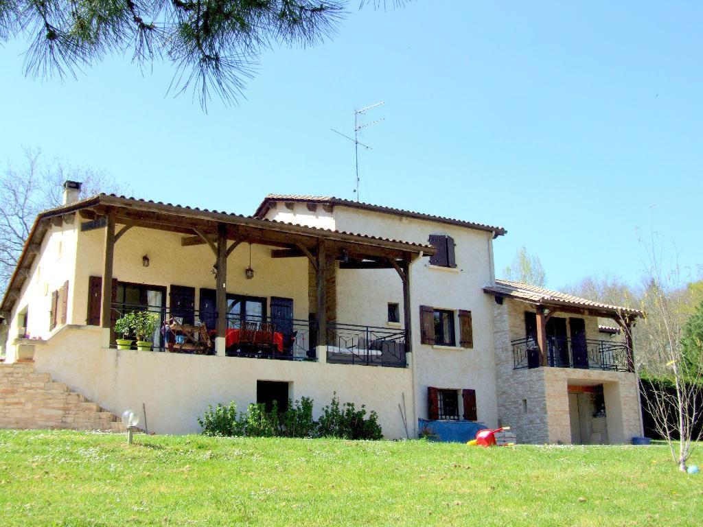 Mâs Provençal sur 1Ha5 avec piscine