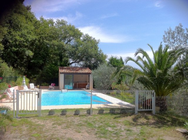 CALLAS : Nice house with pool and panoramic view