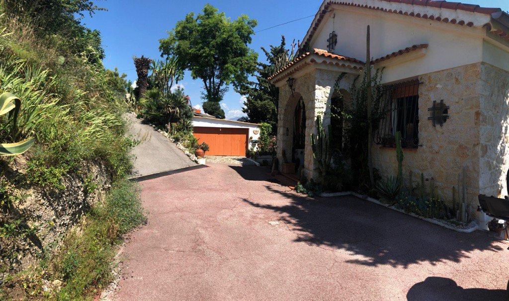 Sale House - Nice Saint Pierre de Féric