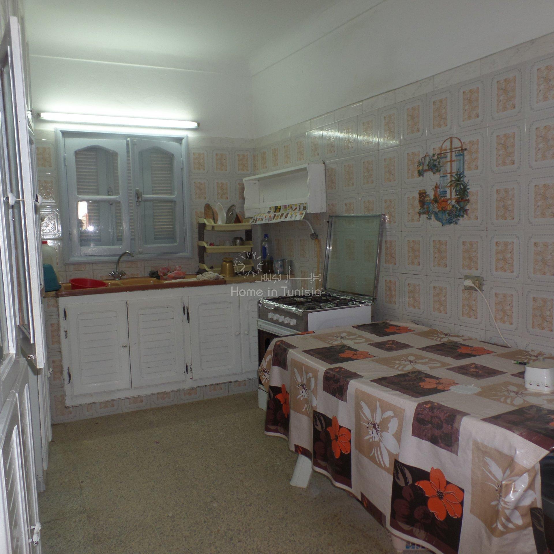Maison de village 300 m2 à 3 mn de la mer