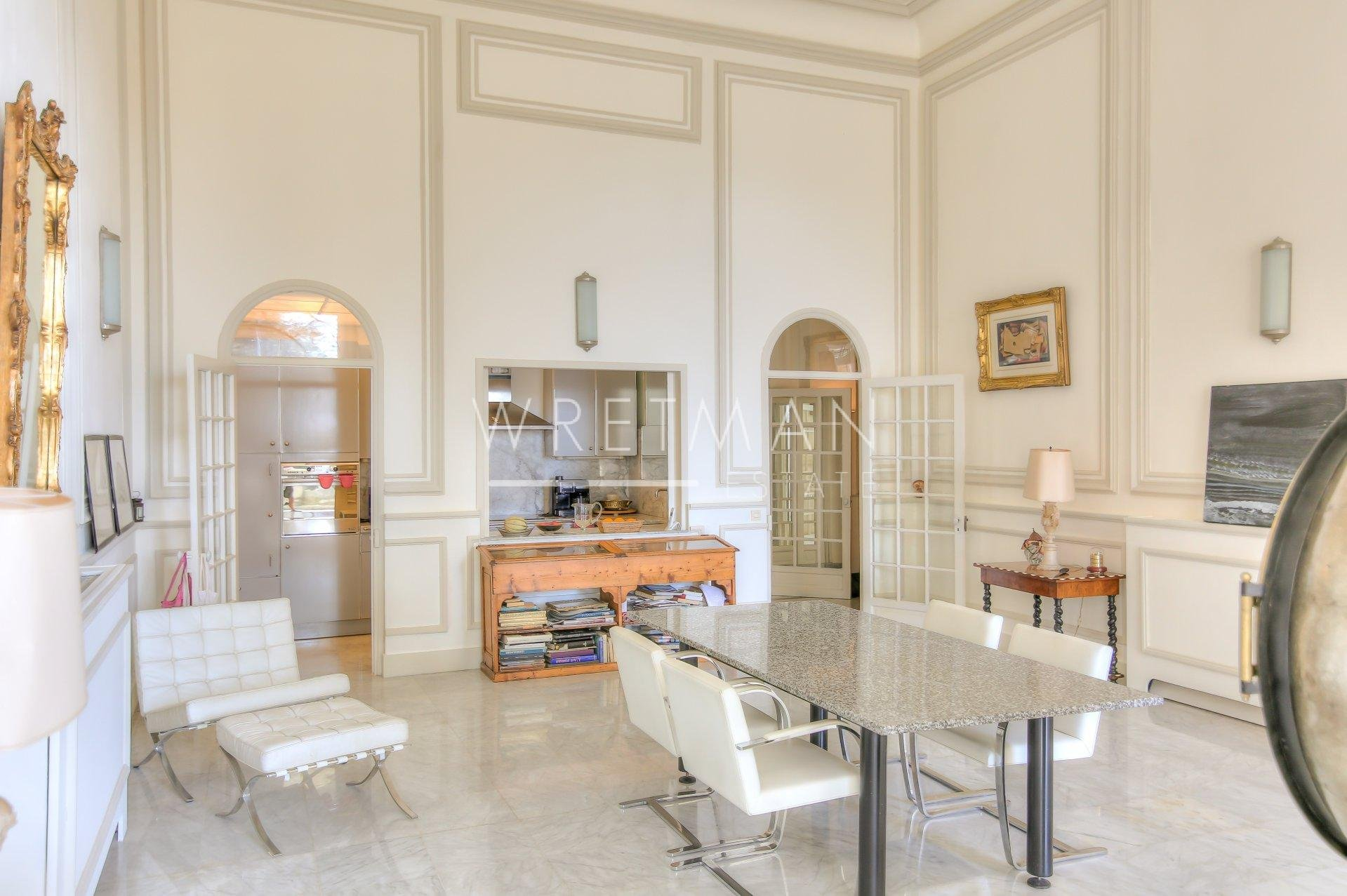 Vast 3-bedroom flat with sea views - Menton Garavan