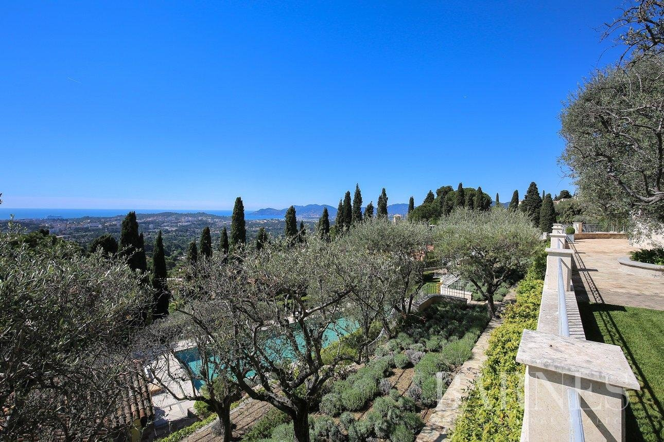 House, Mougins - Ref 2216405