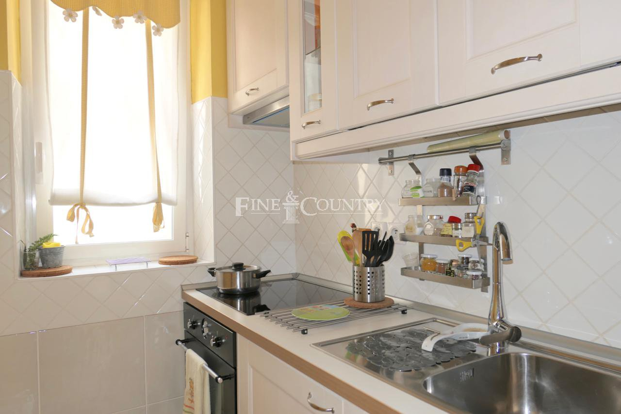 Apartment for sale in the Banane, Cannes, Cote d'Azur
