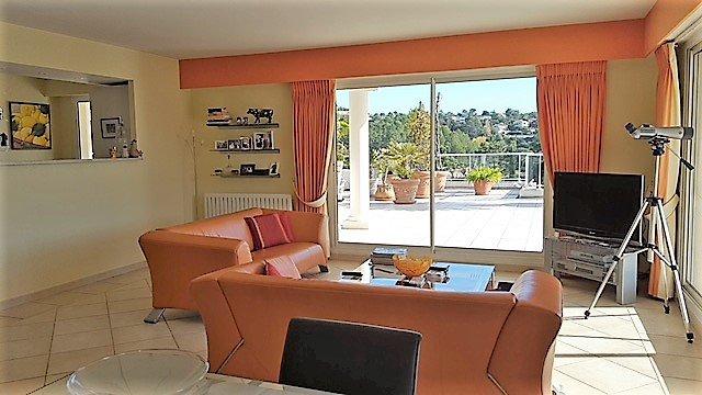 Superbe penthouse Mandelieu résidentiel