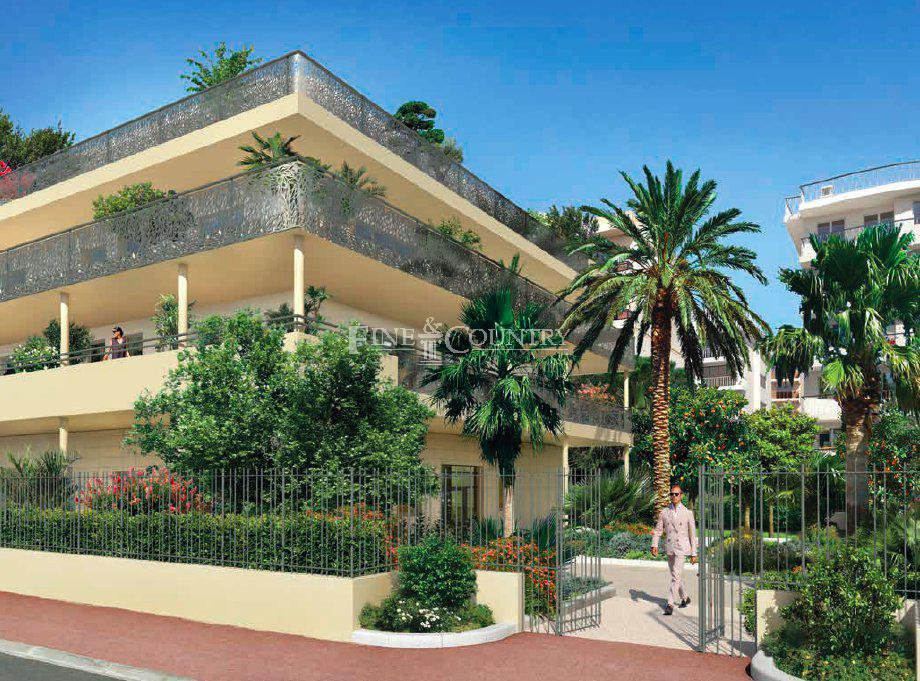 Penthouse apartment for sale in Palm Beach, Cannes