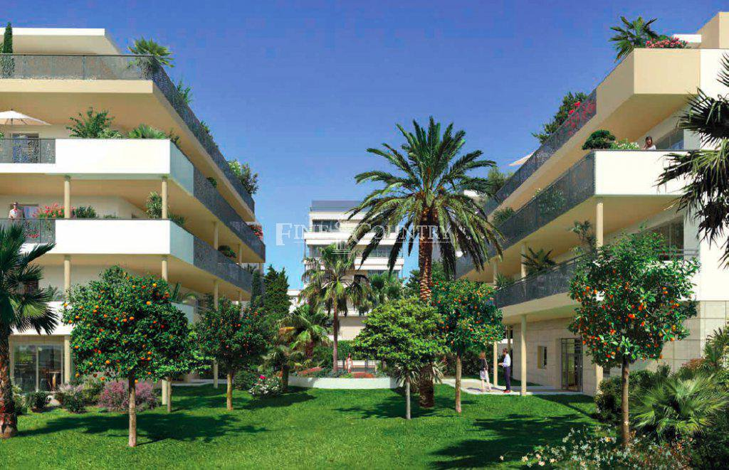 Garden Apartment for sale in Palm Beach, Cannes