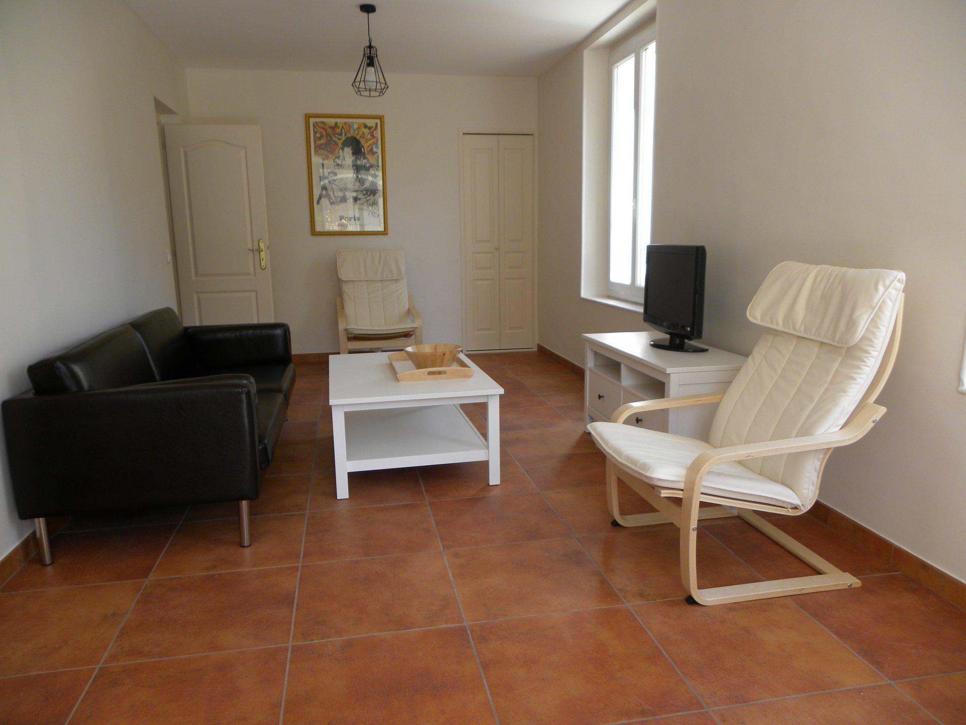 BANDOL VENTE APPARTEMENT T3 Plage de RENECROS - Appartement 3 Pièces 75m² + Jardin - 50m Centre et Port