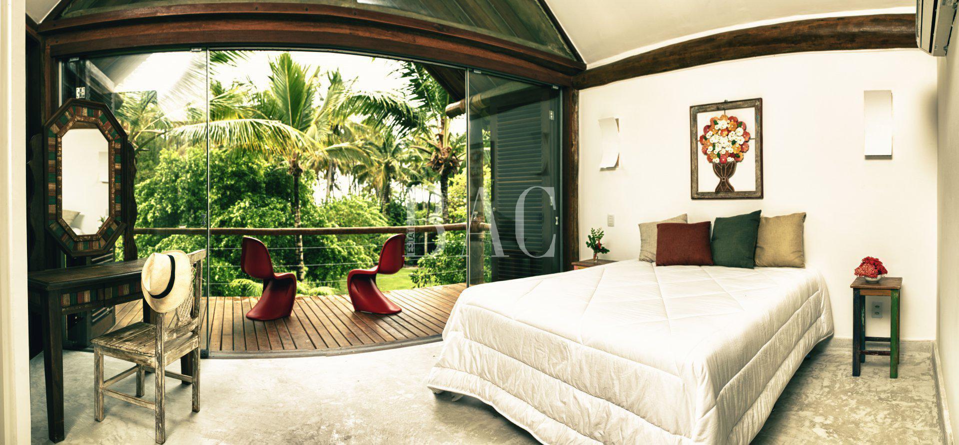 une maison moderne et luxueuse à Boipeba, au Brésil.