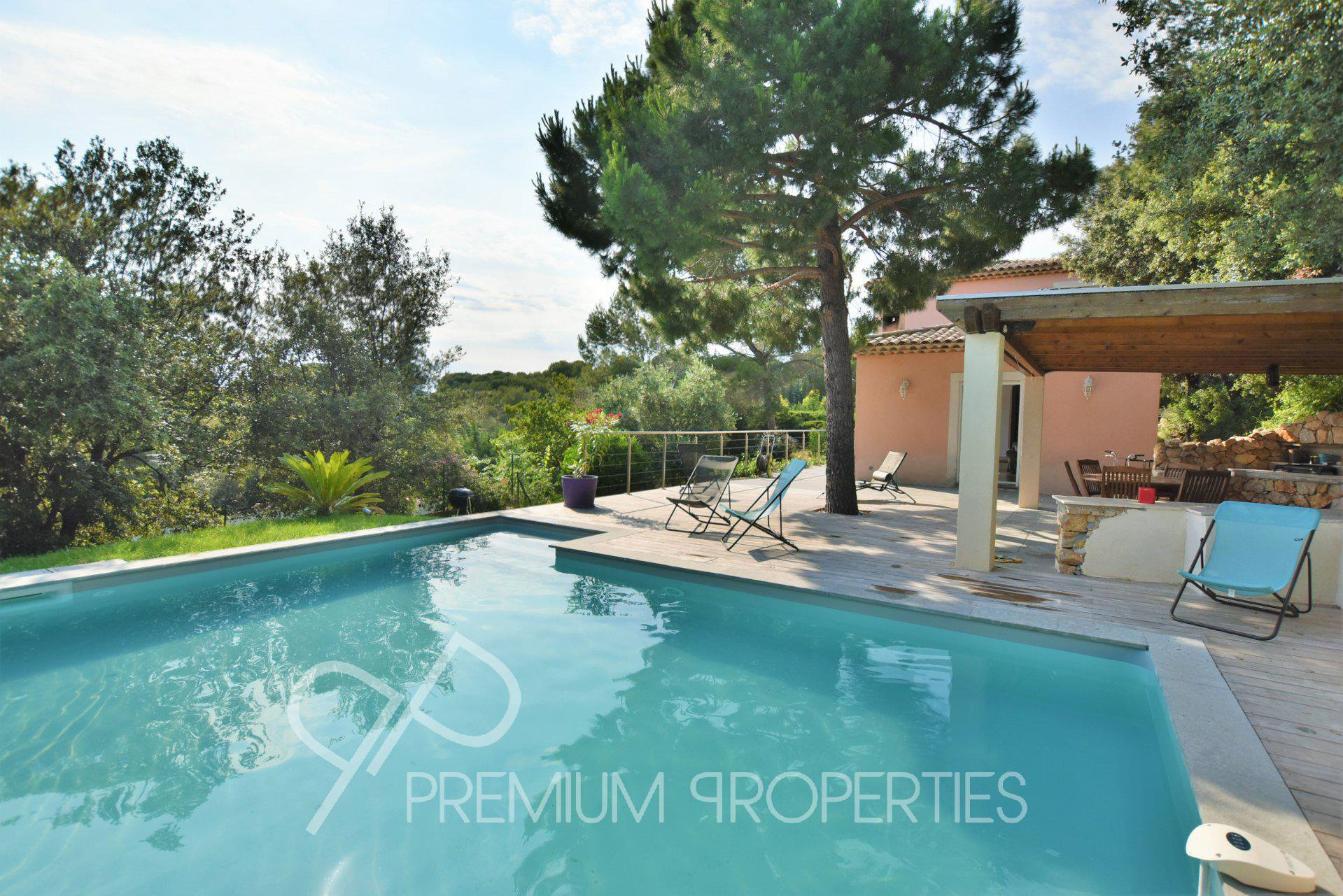 BIOT SOLE AGENT  - IDEAL FOR FAMILIES