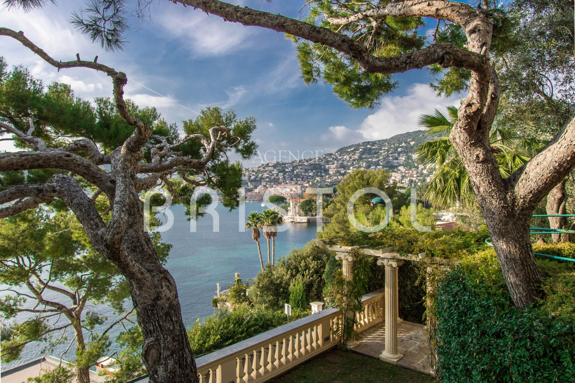 In Saint Jean Cap Ferrat Cap Ferrat luxury Property for sale with sea view