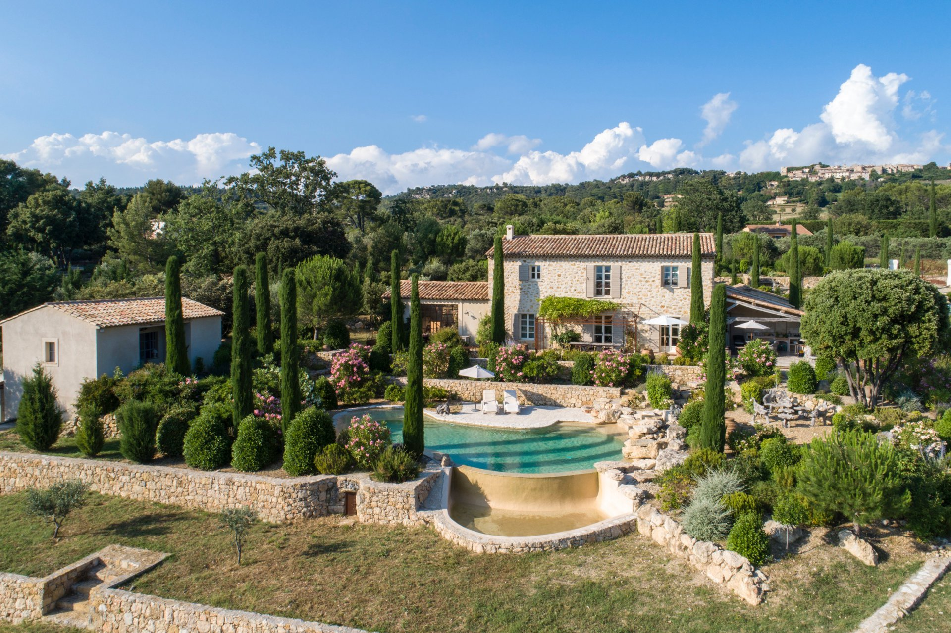Natural stone build bastide near Tourtour
