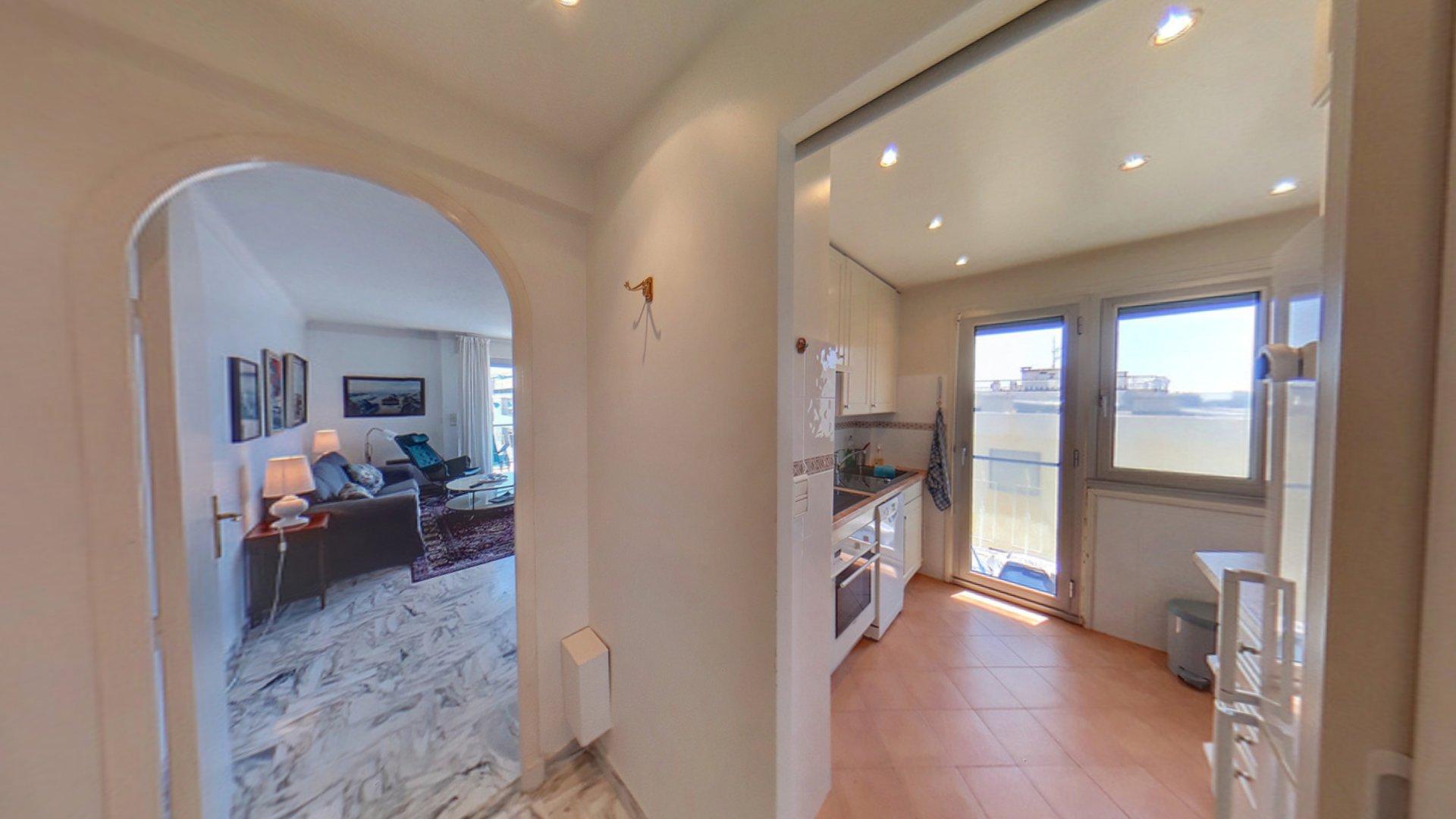Cannes Palm Beach Port Canto lägenhet till salu översta våningen vardagsrum