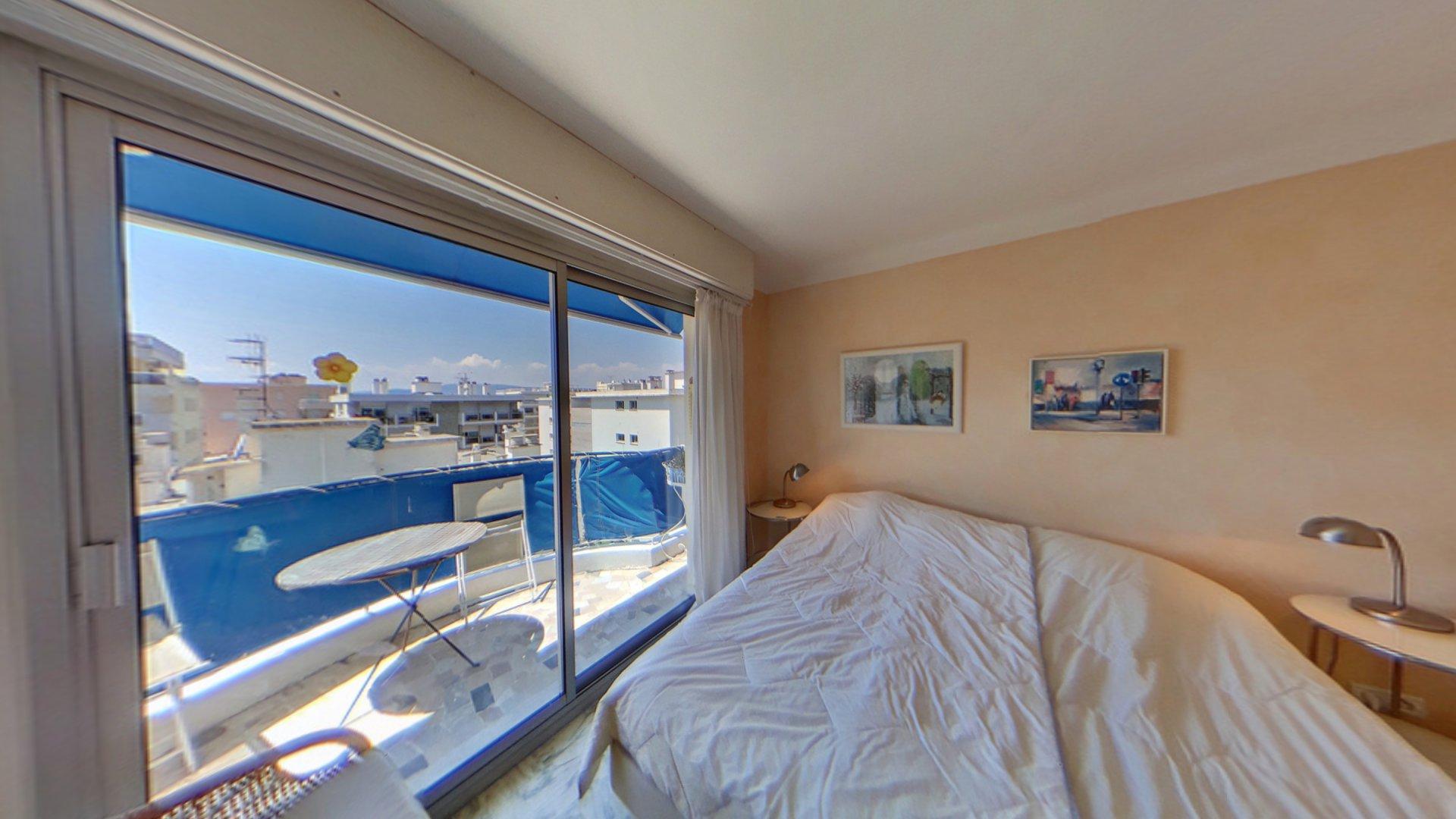 Cannes Palm Beach Port Canto lägenhet till salu översta våningen sovrum