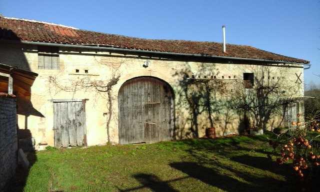 Maison à restaurer secteur Mansle