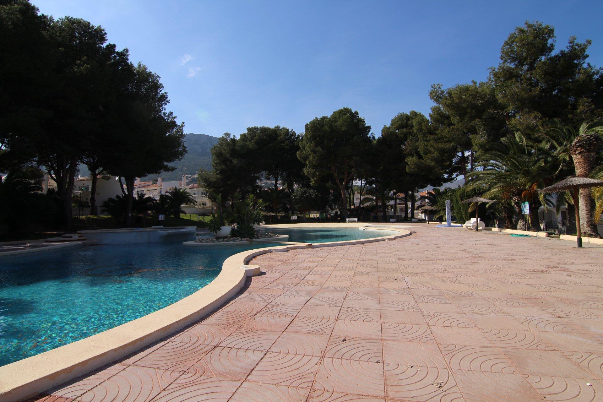 Villa mitoyenne de 3 chambres à proximité de la ville et des plages