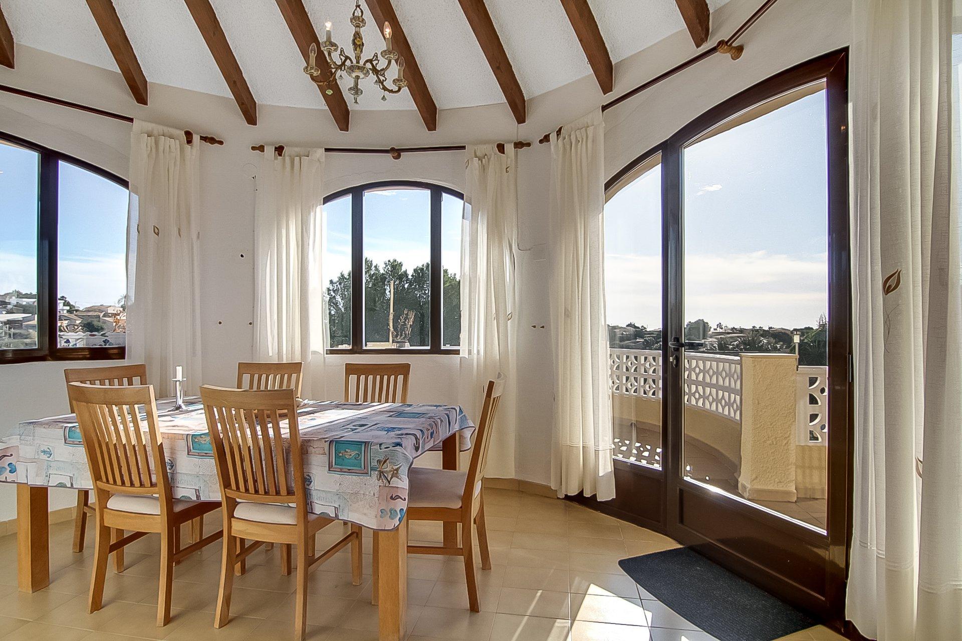 Preciosa villa de 6 dormitorios en Calpe