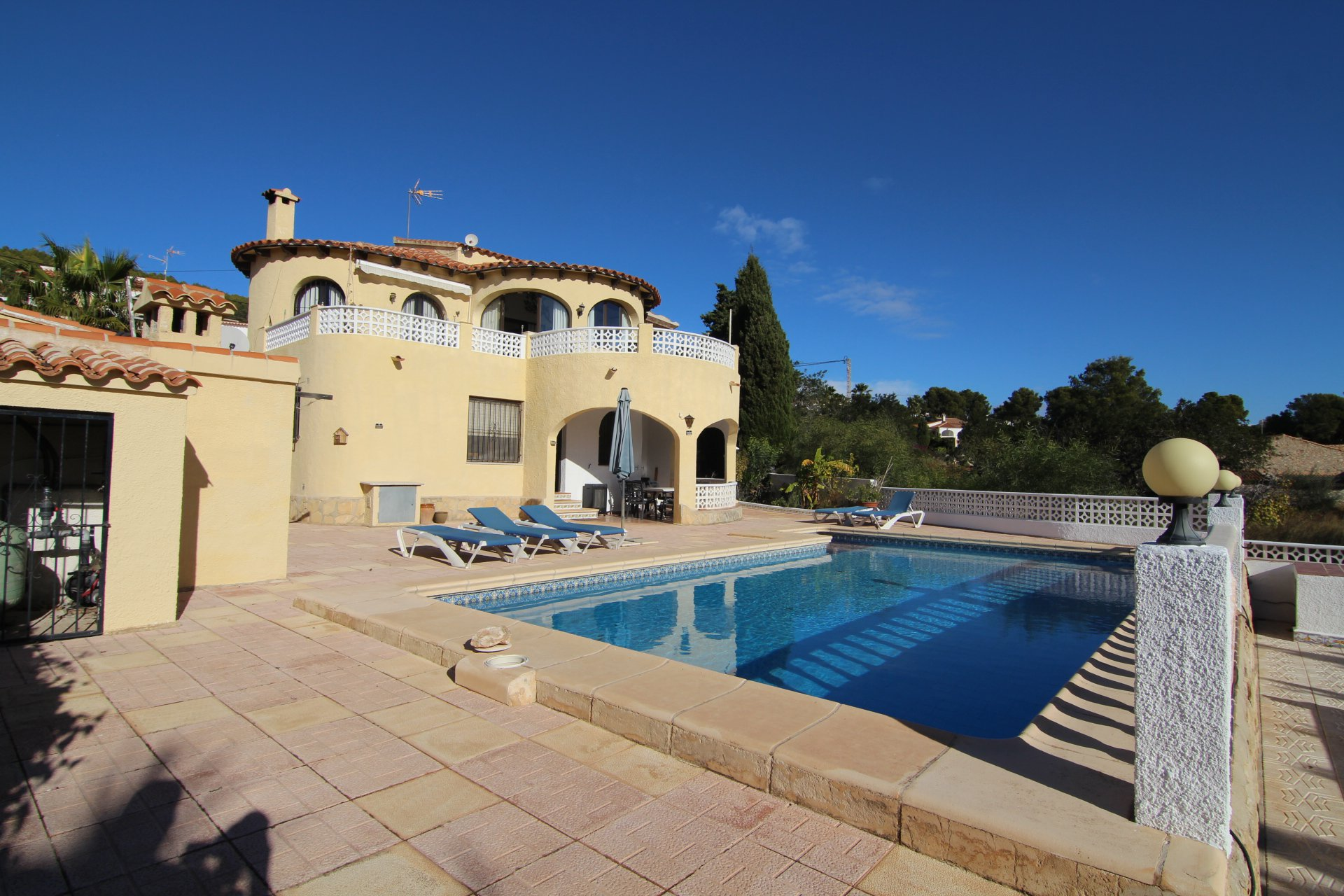 Lovely 6-bedroom villa in Calpe